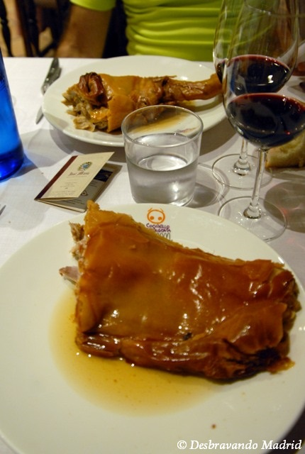 cochinillo segoviano, leitao segovia, onde comer leitao em segovia, restaurante josé maría