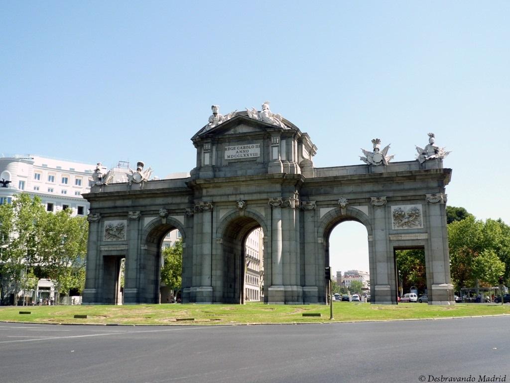 porta alcala curiosidades madrid 10 lugares mais fotografados de Madrid o que fazer em madrid