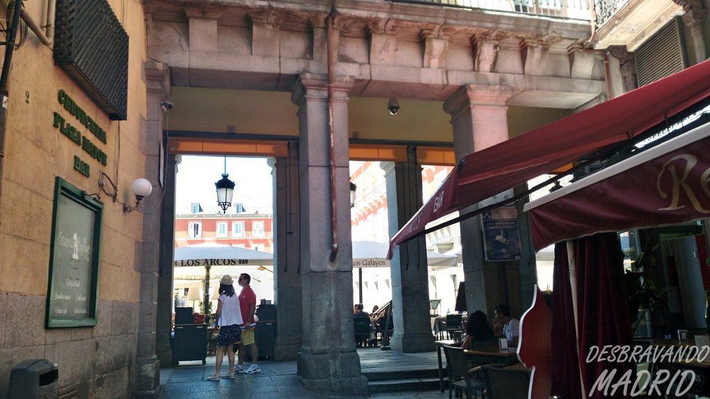 calle-botoneras-plaza-mayor
